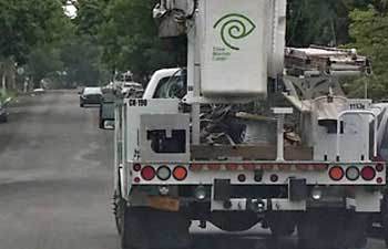 Time-Warner-Cable-Truck.jpg